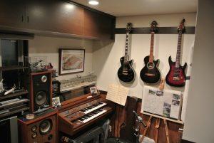 ギターとエレクトーンが好きです